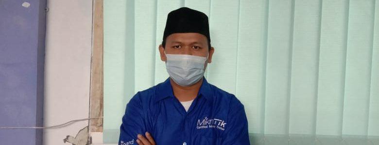 Kenalan Yuuk Dengan Trainer Mikrotik SMK Darussalam Panongan !!